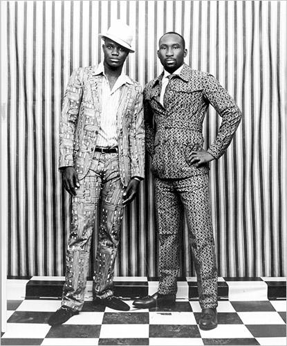 Suits:Viktor&Rolf, Dries van Noten Shoes:Paul Smith, Dolce&Gabbana